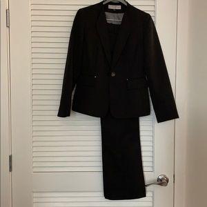 Tahari Black Pantsuit - Great for Year Round Wear
